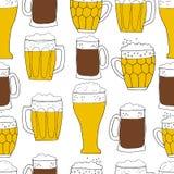 Het naadloze patroon van het bier Stock Fotografie