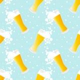 Het naadloze patroon van het bier Stock Afbeeldingen