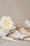 Het naaien en de Uitrusting van de Borduurwerkambacht Makende Toebehoren stock foto's