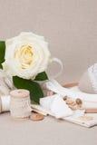 Het naaien en de Uitrusting van de Borduurwerkambacht Makende Toebehoren stock fotografie