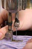 Het naaien, naaister stock afbeelding