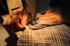 Het naaien Proces Stock Foto
