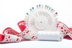 Het naaien reeks op witte bachground Stock Fotografie