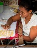 Het naaien van de vrouw Stock Foto