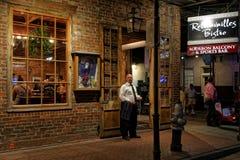 Het nachtleven op Bourbonstraat Stock Afbeelding