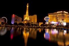 Het Nachtleven van Las Vegas langs de beroemde strook Stock Foto's