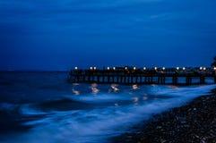 Het naderbij komen Onweer met Humeurige Blauwe Atmosfeer Stock Afbeelding
