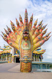 Het Nagabeeldhouwwerk werd verfraaid met verglaasde tegel Stock Foto