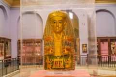 Het nationale Museum Expans van Kaïro gewijd aan Oud Egypte, Pharaohs, Brijen en Egyptische Piramides stock afbeeldingen