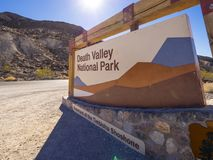 Het Nationale Park van de doodsvallei in Californië - DOODSvallei - CALIFORNIË - OKTOBER 23, 2017 Stock Fotografie