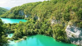 Het Nationale Park van de Meren van Plitvice in Kroatië stock video