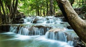 Het Nationale Park van Srinakarin, Huay Mae Khamin Waterfalls Stock Fotografie
