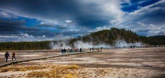 Het Nationale Park van Yellowstone van het geiserbassin Stock Afbeelding