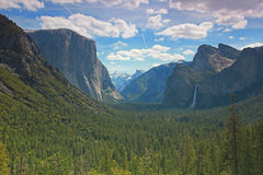 Het Nationale Park van Yosemite - de Mening van de Tunnel Royalty-vrije Stock Fotografie