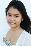 Het natuurlijke kijken Aziatisch meisje royalty-vrije stock afbeeldingen