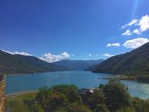 Het natuurlijke reservoir van het bergwater Stock Afbeelding