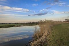Het Nederlandse landschap van de polder in Zoetermeer Stock Afbeelding