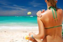 Het nemen sunbath Stock Foto's