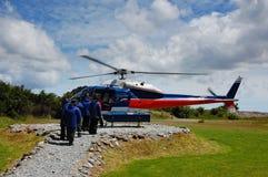 Het nemen van de helikopter in rij Stock Afbeeldingen