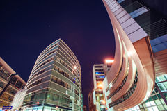 Het neon van de nachtstad osvitchene Stock Foto's