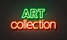 Het neonteken van de kunstinzameling op bakstenen muurachtergrond Stock Afbeeldingen