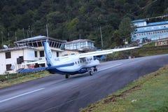 Het Nepalese Luchtverkeer verplettert van baan royalty-vrije stock foto's
