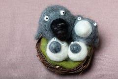 Het Nest van de Familie van vogels Royalty-vrije Stock Foto