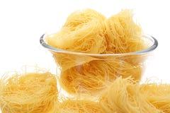Het nest van de macaroni in vaas royalty-vrije stock foto