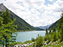 Het \ \ Neves Reservoir \ \ in Zuid-Tirol Stock Fotografie