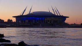 Het nieuwe close-up van de stadion` Heilige Petersburg Arena ` in Mei-schemering stock video