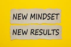 Het nieuwe concept van denkrichtings nieuwe resultaten stock foto