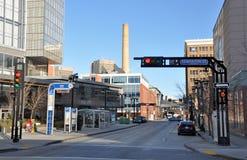 Het nieuwe gebied van de stad in bewolkt weer Stock Afbeelding