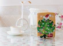 Het nieuwe jaar van de peperkoekpijnboom Stock Foto's