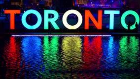 Het nieuwe teken die van Toronto de PanAm-spelen vieren stock videobeelden