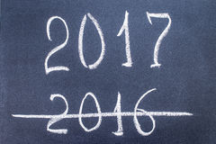 Het nieuwjaar 2017 is komend concept - inschrijving 2016 en 2017 Royalty-vrije Stock Fotografie