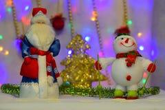 Het nieuwjaar` s sprookje komt aan elk huis Stock Foto's