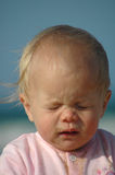 Het niezen van de baby Stock Fotografie
