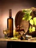 Het nog-leven met witte wijn Stock Foto