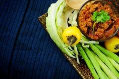 Het noordelijke Thaise Vlees en de Tomaat de Kruidige Onderdompeling of het Thaise Noordelijke Deeg van Stijlspaanse pepers verse royalty-vrije stock afbeelding