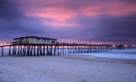 Het noorden Carolina Fishing Pier bij Zonsopgang stock fotografie
