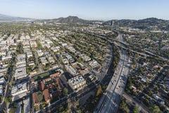 Het noorden Hollywood Californië 170 Snelwegantenne Stock Afbeeldingen