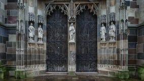 Het het Noordenportaal van St Elisabeth Cathedral, het ijs van KoÅ ¡, Slowakije stock afbeelding