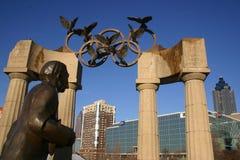 Het Olympische beeldhouwwerk van Atlanta in Honderdjarig Park Stock Fotografie