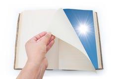 Het omkeren van nieuw blad Stock Afbeeldingen