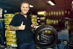 Het Onderhoud Mechanisch Fixing Spare Concept van de garagemotor royalty-vrije stock foto