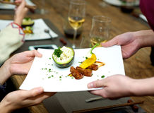 Het onderhouden van gastronomisch voedsel stock afbeeldingen
