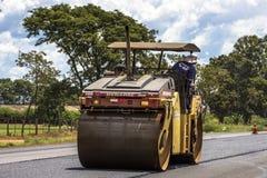 Het onderhoudswerk en bouw van het asfalt Royalty-vrije Stock Foto's