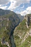 Het onderzoeken van Gorges du Verdon stock foto's