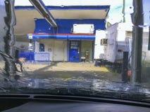 Het Onduidelijke beeld van het autowasserettewater Royalty-vrije Stock Foto's