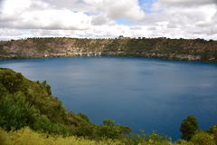 Het ongelooflijke Blauwe Meer bij MT Gambier Royalty-vrije Stock Foto's